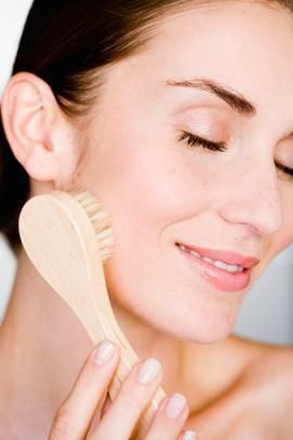 Face secrets facial brush
